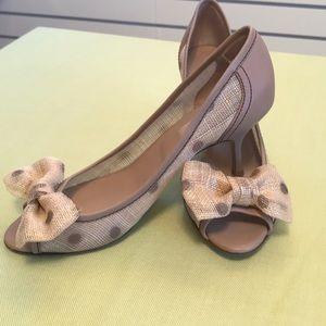 Valentino Garavani peep toe pumps 39